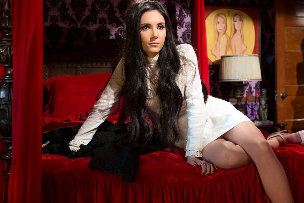 The Love Witch 5 web
